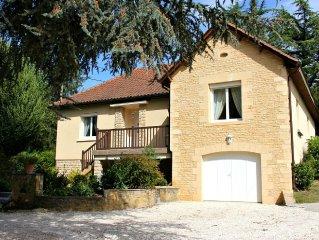 Maison de charme pour 6 personnes avec terrasse jardin clos à Sarlat