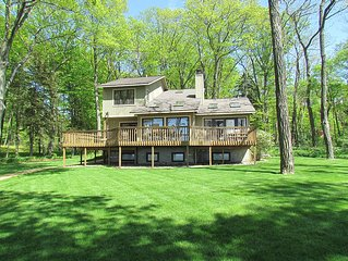 Lakefront Home w/ No Stairs to Beach, Large Yard;