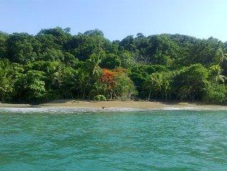Casa Nirvanita - A Little Biological Jewel by the Sea