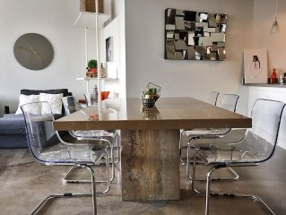 Amazing Urban Stylish Apartment Downtown Dallas