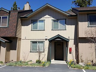 4BR/2BA Townhome Close to  Tahoe City. Fully Upgraded(LF175)