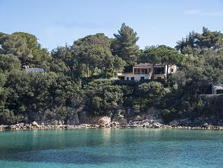 Luxury Villa - Isola d''Elba - on the sea with garden and direct access to the