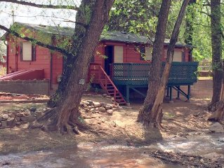 Private Creekside Cabin on 1/4 Acre very near Pikes Peak and Garden of the Gods
