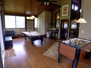 Bear Spring Cabin w/ Pool, Game Room  12 mi from Giant Sequoia groves