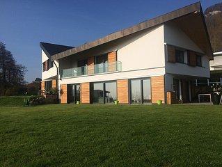 Nouvelle villa moderne et ecofriendly de 150m2 avec vue sur le lac