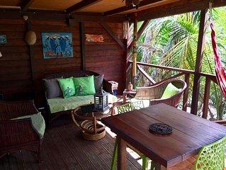Gite entierement en bois dans un bungalow de charme au calme