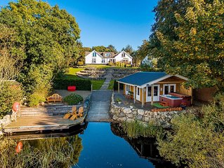FOREST WAY, WHITE LOCH (Hot Tub), Rockcliffe, South West Scotland. A cottage th