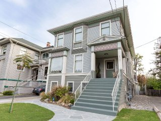 ALAMEDA ISLAND VICTORIAN - 2 BEDROOMS/1.5 BATHS SLEEPS 1-5