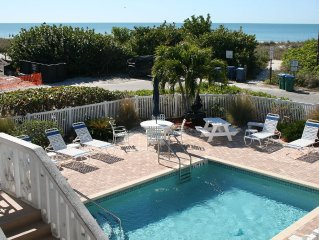 Discounted dates in May available for Beautiful Getaway,  20 steps from Beach!