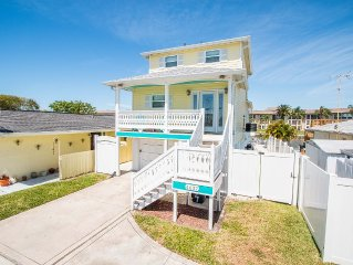 2015 Remodel Waterfront Gulf Harbors, Pool/Spa, Private Beach Access,