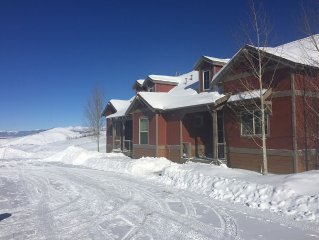 Five Timbers Cabin - The Perfect Family Ski Retreat!