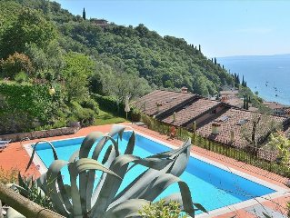 Ca Le Camille 6 Sleeps Apartment Lake View In Residence With Pool In Torri del