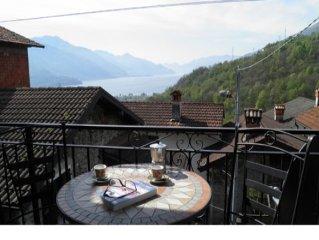 Ferienhaus oberhalb des Stadtchens Gravedona mit herrlicher Seesicht