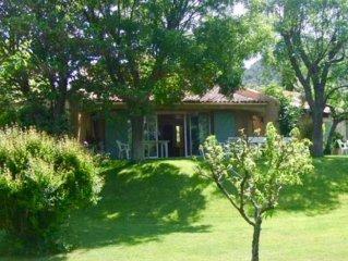 Magnifique maison avec cabanon et belle piscine dans les vignes, mer a 6km