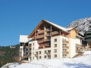 Apartment Residence Couleurs Soleil  in Oz en Oisans, Isere - 9 persons, 2 bedr
