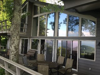 Large Vacation Rental Chalet Mountain Views 6 BR