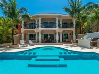 Beautiful Luxurious  5 Bedroom Vacation Villa With Your Own Private 2-Level Pool