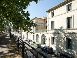 Provence-3 be, 1.5 ba w/Huge Terrace on Rhone River