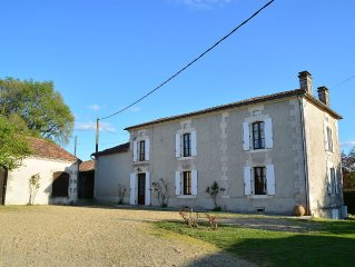 Beautiful Country House on 7ha, private heated pool