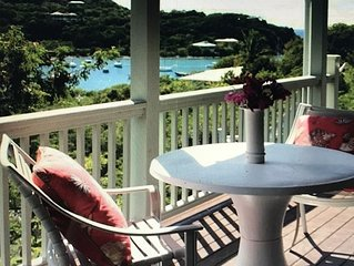 Newly renovated kitchen! Private cottage in great location with path to beach.