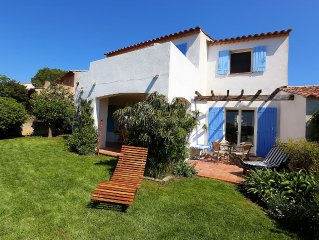 Lovely holiday house, sea view, near to Saint-Tropez