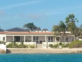 Beautiful, luxurious villa; for peace-seekers, nature-lovers and sealions