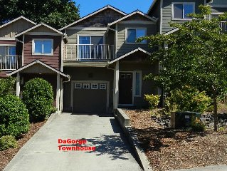 Affordable DaGorge Townhome - Troutdale (NE side Portland. OR)  3 Bed/2.5 Bath