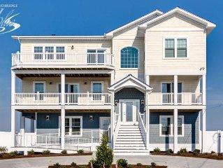 American Dream: 9 BR / 8 BA house in Virginia Beach, Sleeps 26