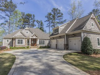 Reynolds Lake Home - near Ritz - golf privileges