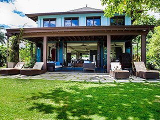 Beautifully Detailed Villa On The Caribbean Sea