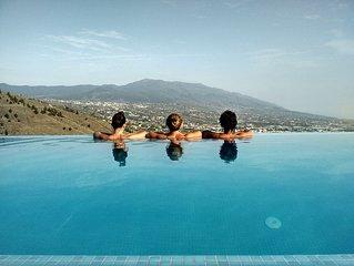 Villa Taburiente, modern, breathtaking views, nature and good weather.