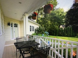 Beautiful 4 BR, Close to Everything!!  Walk to Gooch's Beach and Dock Square!