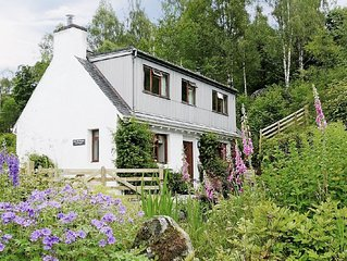2 bedroom property in Fort Augustus. Pet friendly.