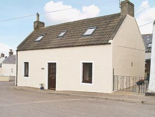 2 bedroom property in Buckie. Pet friendly.