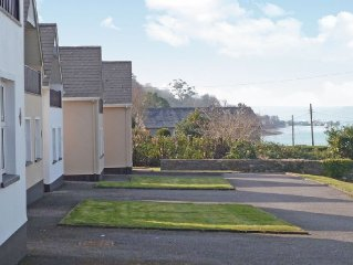 2 bedroom property in Courtmacsherry. Pet friendly.