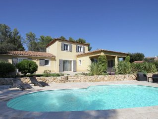Spacious villa in Bagnols en Foret, 20 km from Frejus.