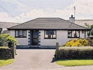 2 bedroom property in Perranporth. Pet friendly.
