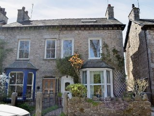 3 bedroom property in Arnside and Silverdale. Pet friendly.