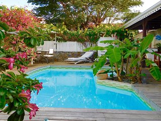 CHARMING HOUSE FOR 4 PEOPLE TROPICAL GARDEN, POOL, 5 MINUTES FROM THE BEACHES