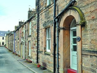 1 bedroom property in Alnmouth. Pet friendly.