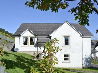 3 bedroom property in Crianlarich.