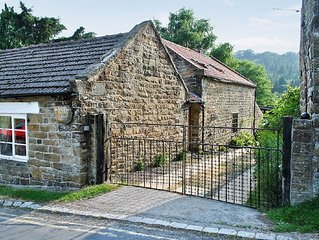3 bedroom property in Goathland. Pet friendly.