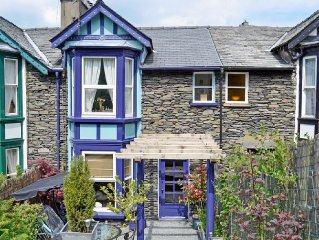 2 bedroom property in Bowness-on-Windermere. Pet friendly.