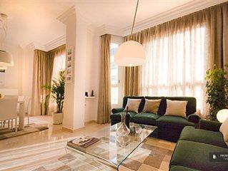 Friendly Rentals The Hummel Apartment in Valencia