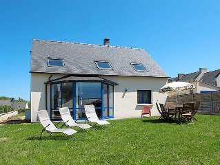 Vacation home in Plougasnou, Finistere - 6 persons, 3 bedrooms