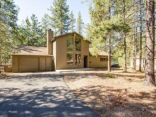 2 Bdrm Cabin,Dog Loving,Wood Fireplace,30 Min Drive to Mt Bachelor -Mt Hood 5