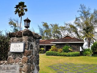 Beachfront Waimanalo - Restored Historic Home with 3 bedrooms, 3 baths.