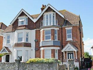 2 bedroom property in Folkestone. Pet friendly.