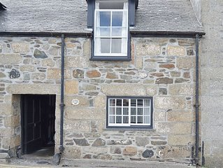 1 bedroom property in Mousehole and Newlyn. Pet friendly.