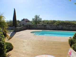 Gite pour 6 personnes avec piscine au coeur parc naturel des Causses du Quercy